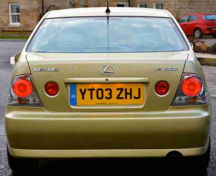 Lexus IS 200 2.0 auto SE 2003 1 OWNER 19000 MILES!!