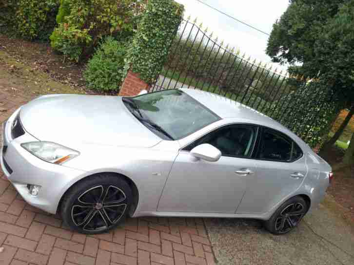lexus is 220d 2 2td se 2006 06 black leather 12mth mot history car for sale. Black Bedroom Furniture Sets. Home Design Ideas