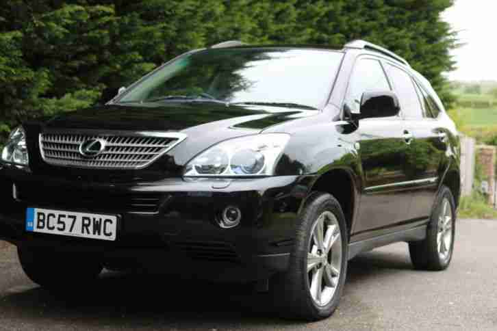Lexus RX 400H. Lexus car from United Kingdom