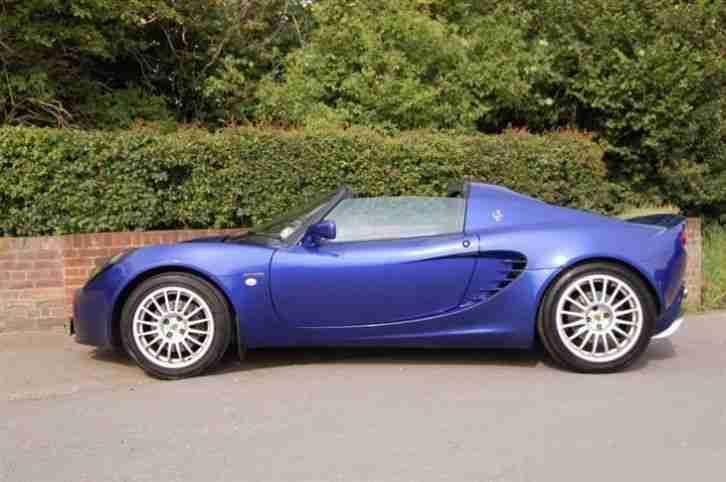 http://bay2car.com/img/Lotus-Elise-1-8-SPORT-111-160-BHP-VERY-VERY-RARE-CAR-221616528127/0.jpg