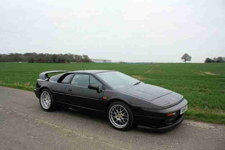 Lotus Esprit Twin Turbo V8, 2000. Metallic black + black leather trim.