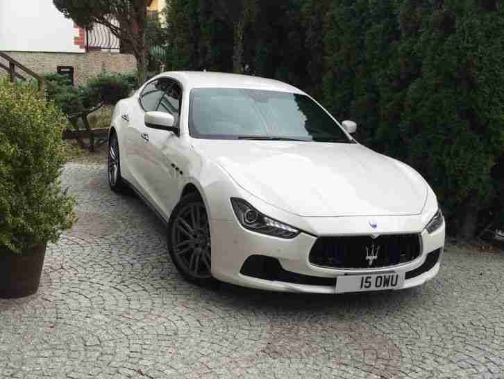 MASERATI GHIBLI WARRANTY 2015 FULLY OPTIONED LOW MILEAGE WHITE