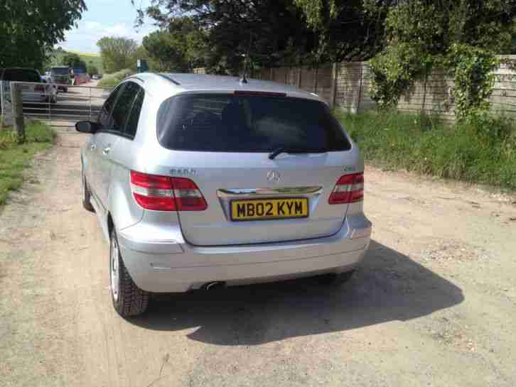 MERCEDES B180 CDI SE SILVER LONG MOT & TAX DRIVES VERY WELL