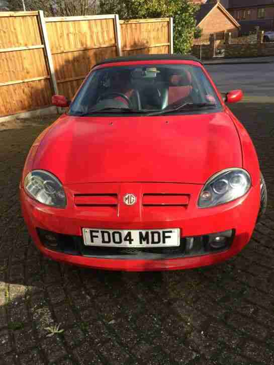 TF 1.8 2004 Red Convertible