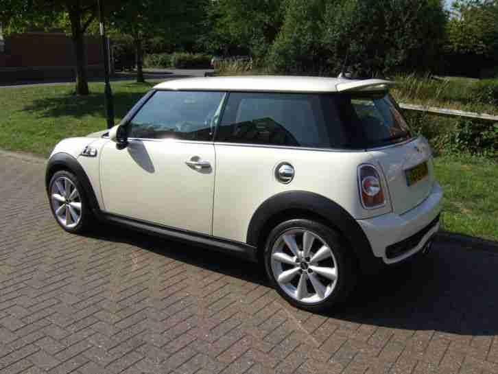 mini cooper s 2012 1 6 petrol 184ps 3 door low. Black Bedroom Furniture Sets. Home Design Ideas