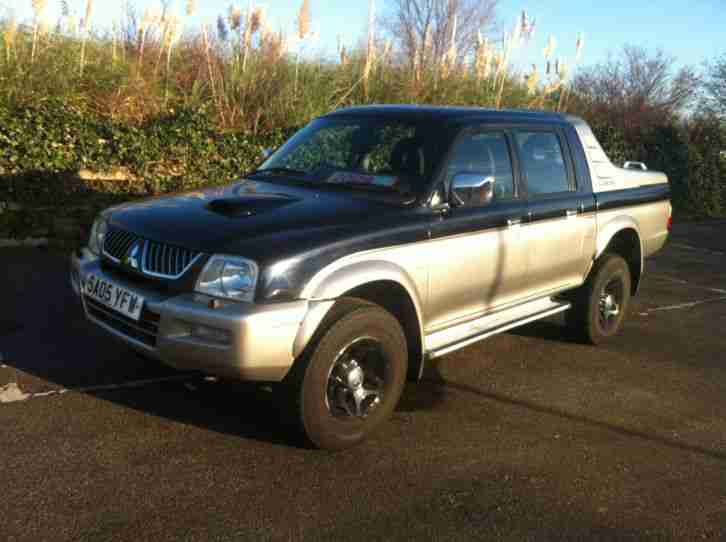 L200 2.5TD 4WD WITH SERVICE