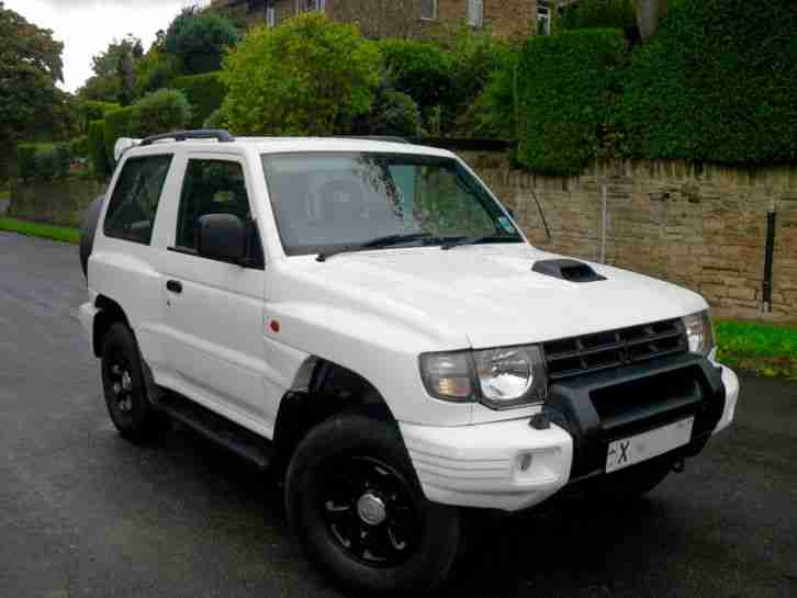 MITSUBISHI PAJERO SHOGUN TURBO DIESEL MANUAL 2001 FLARED ARCH 4X4
