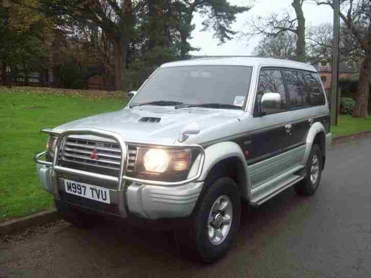 mitsubishi shogun pajero lwb 2800 diesel turbo 4x4 automatic 7 seats. Black Bedroom Furniture Sets. Home Design Ideas