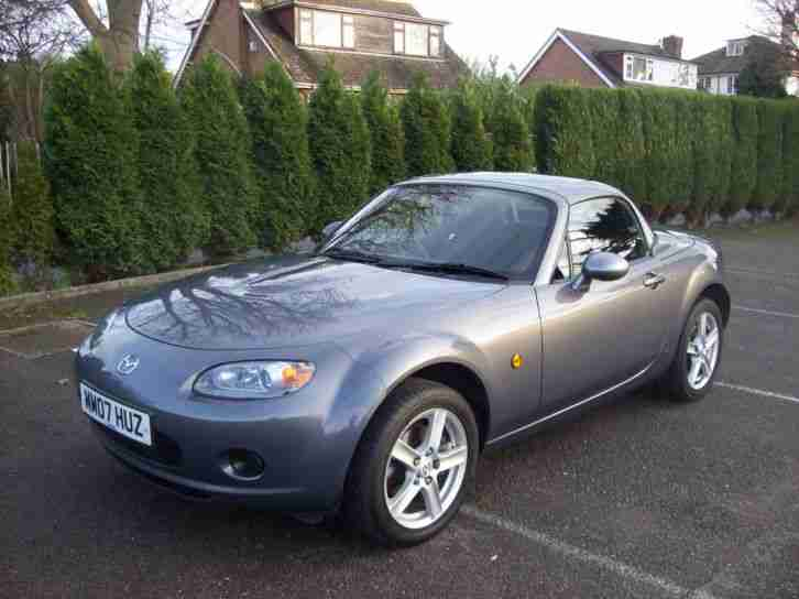 Mazda MX5 MK 3 1.8i Coupe/Roadster 2007 One Lady owner with full Mazda history.