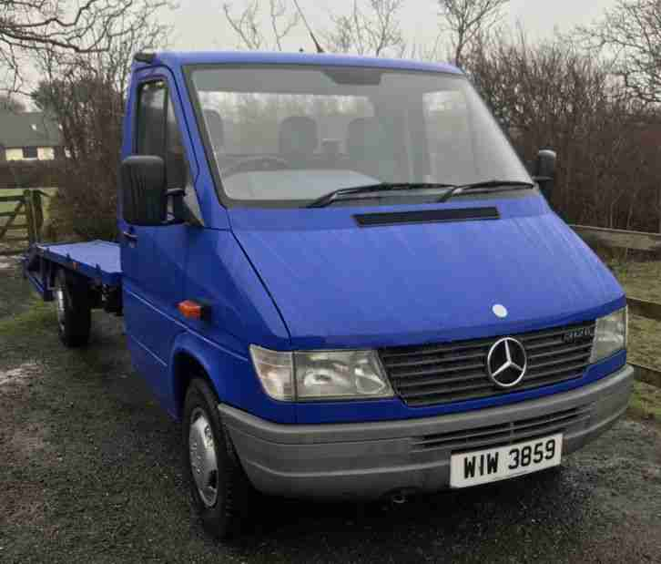 Merc sprinter recovery. Other car from United Kingdom