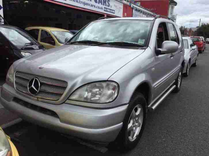 Mercedes benz ml ml320 petrol automatic 1999 v car for sale for Mercedes benz 1999 ml320