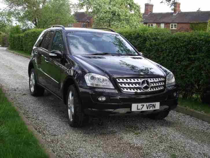 Mercedes ML500 sport (w164) sat nav command