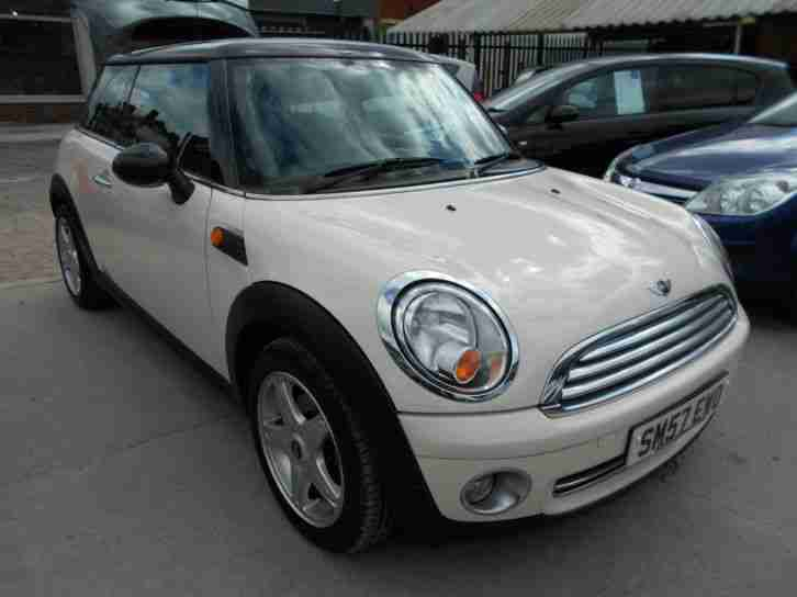 mini 1 6 cooper chilli pack 2007 57 car for sale. Black Bedroom Furniture Sets. Home Design Ideas