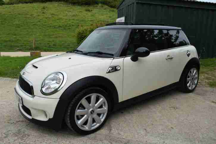 mini cooper s 1 6 white 175 bhp 7k wort of extras car for sale. Black Bedroom Furniture Sets. Home Design Ideas