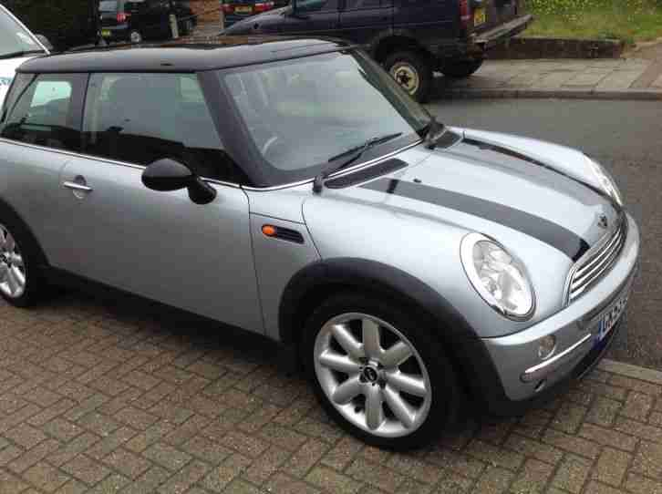 Mini Cooper - bmw mini - 04 -1.6 - chilli pack + more - high spec car! May px.