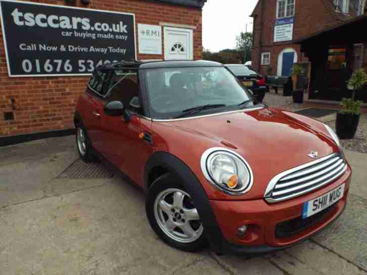 Mini Hatch Cooper 1.6 Cooper 3dr Start/Stop A/C Alloys Fogs 6 Speed 2011/11