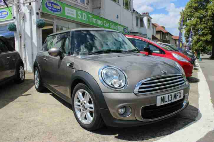 Hatch One 3dr PETROL MANUAL 2013 13