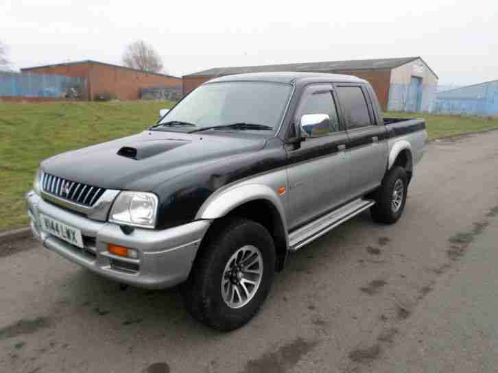 mitsubishi l200 2 5 turbo diesel pickup 4x4 off road jeep 12 months. Black Bedroom Furniture Sets. Home Design Ideas