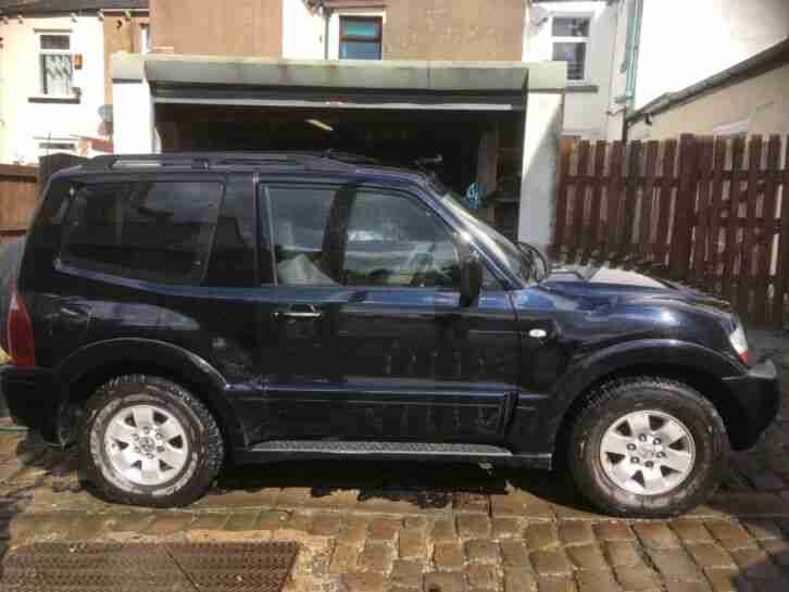 Mitsubishi Shogun 3.2. Mitsubishi car from United Kingdom