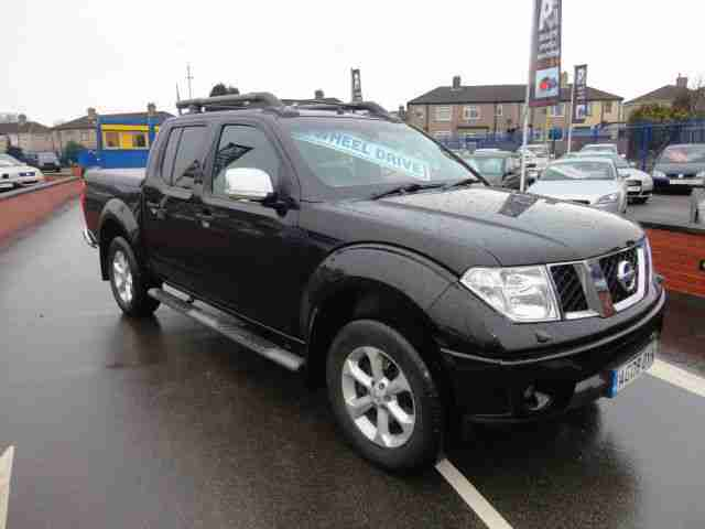 NISSAN NAVARA OUTLAW D/C 2.5DCI PICK UP GENUINE 1 OWNER 31850 MILE DIAMOND BLACK