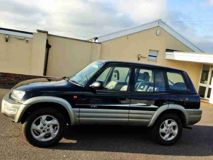 NO RESERVE TOYOTA RAV4 AUTOMATIC 1 LADY OWNER FULL SERVICE HISTORY