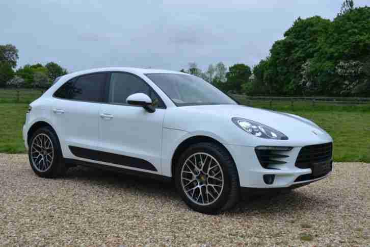 porsche new macan s 3 0 petrol car for sale. Black Bedroom Furniture Sets. Home Design Ideas