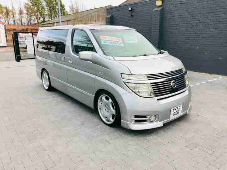 Elgrand 3.5 automatic 8 seater low