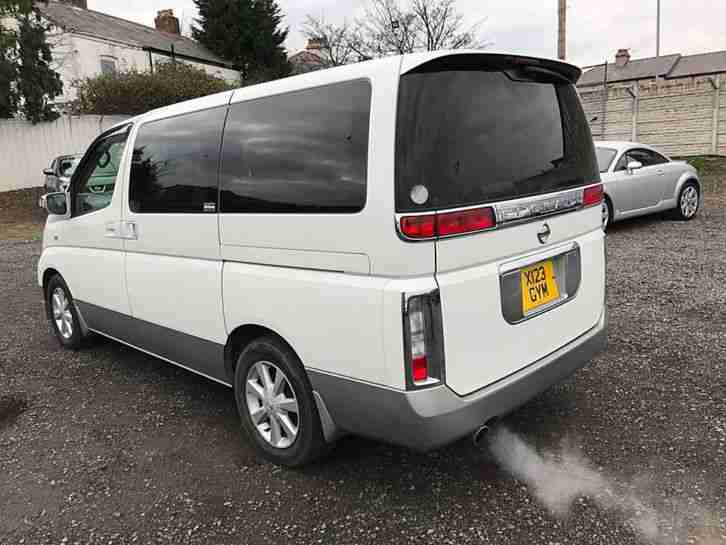 Nissan Elgrand E51 Reversing Camera Bluetooth Double Electric Sliding Doors