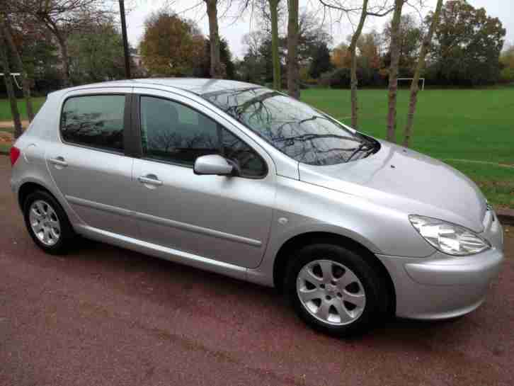 PEUGEOT 307 1.6 16v (A/C) - 5 DOOR - SLIVER ** HPI CLEAR + LOW MILES **