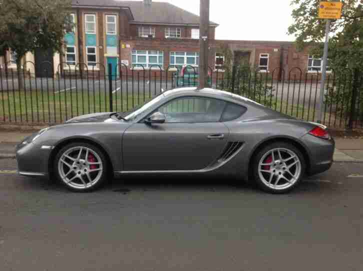 Porsche CAYMAN 3.4S. Porsche car from United Kingdom