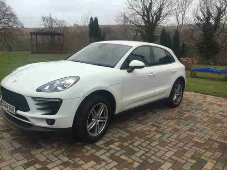 porsche macan very rare 2 0 turbo 4x4 car for sale. Black Bedroom Furniture Sets. Home Design Ideas