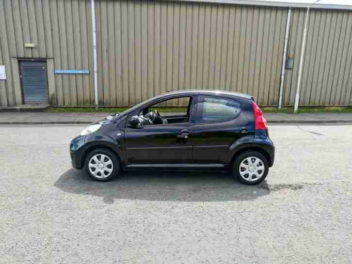 Peugeot 107 1.0 12v Urban low milage