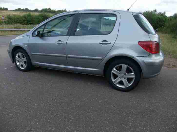 Peugeot 307 1.6HDI 110 , Electric folding mirrors,Sport diesel,5dr,silver.