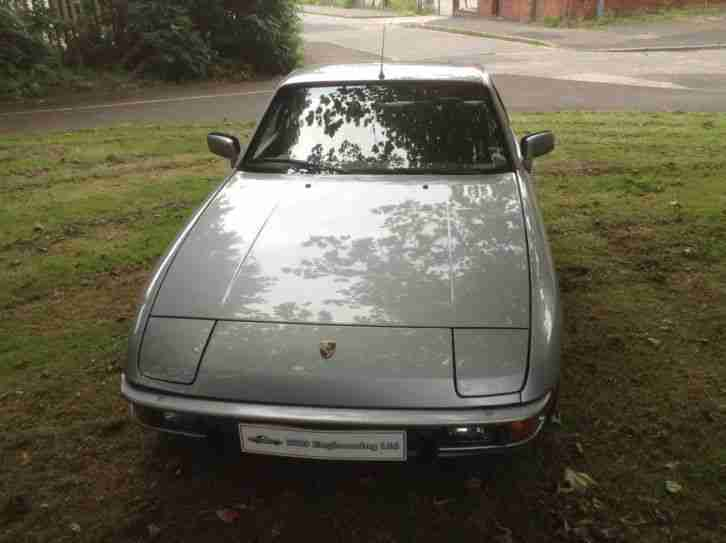 Porsche 924 LUX 2dr Automatic -alloys 12mths mot