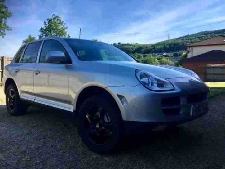 Porsche Cayenne S. Manual, Silver Black leather, New MOT