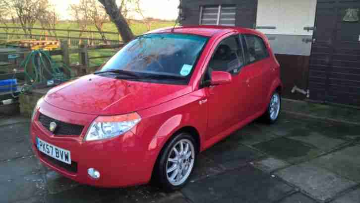 Savvy Style 5 door Red 12 months MOT