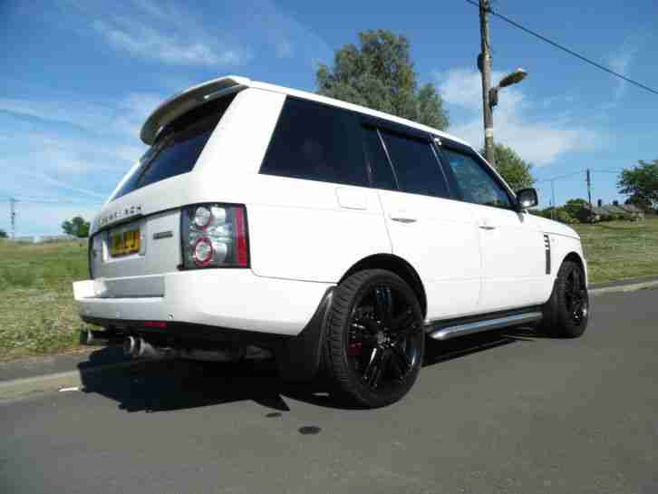 RANGE ROVER 3.6 TDV8 IN FACTORY WHITE,2010/11 UPGRADE, PX SWAP ANYTHING POSSIBLE