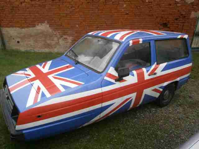 RARE UNION JACK RELIANT RIALTO GLS ESTATE STOCKCAR ADVERTISING TRICYCLE