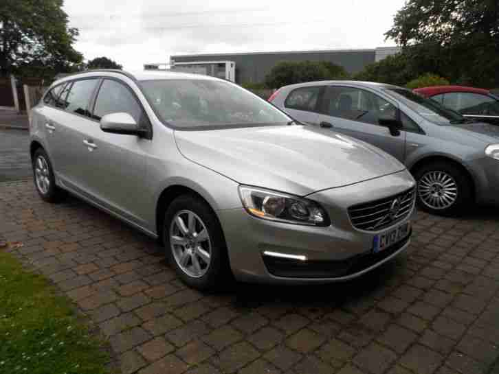 REDUCED 2013 V60 1.6 TD NAV BUSINESS