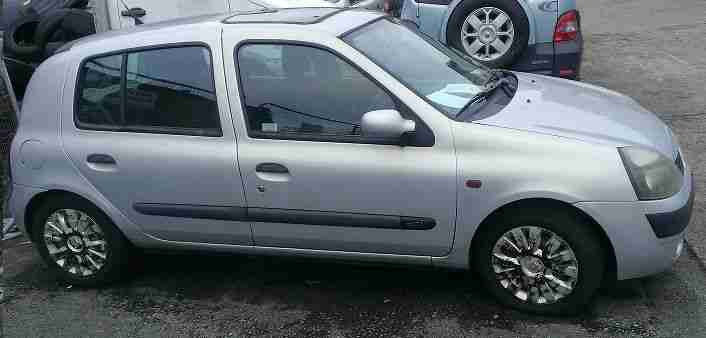 RENAULT CLIO DCI DIESEL £35.00 A YEAR TO TAX SPARES OR REPAIR