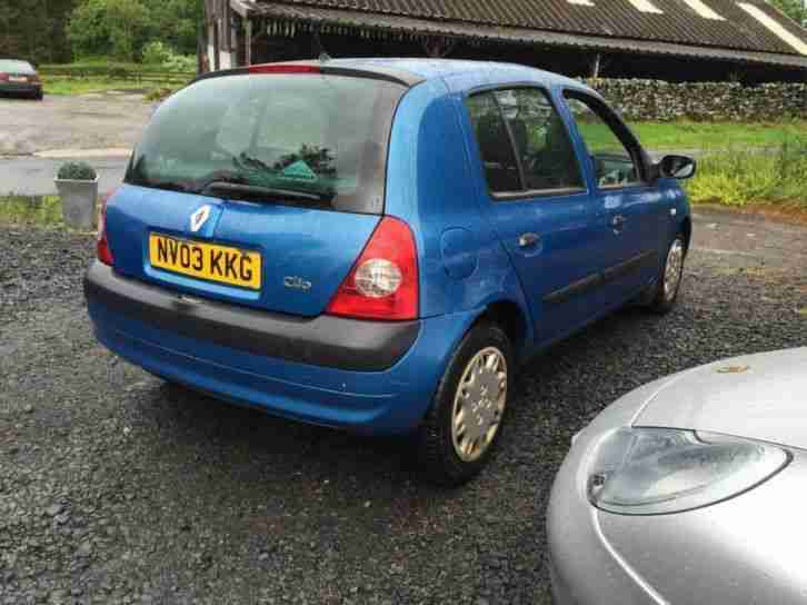 renault clio expression 16v 2003 petrol manual in blue car for sale. Black Bedroom Furniture Sets. Home Design Ideas