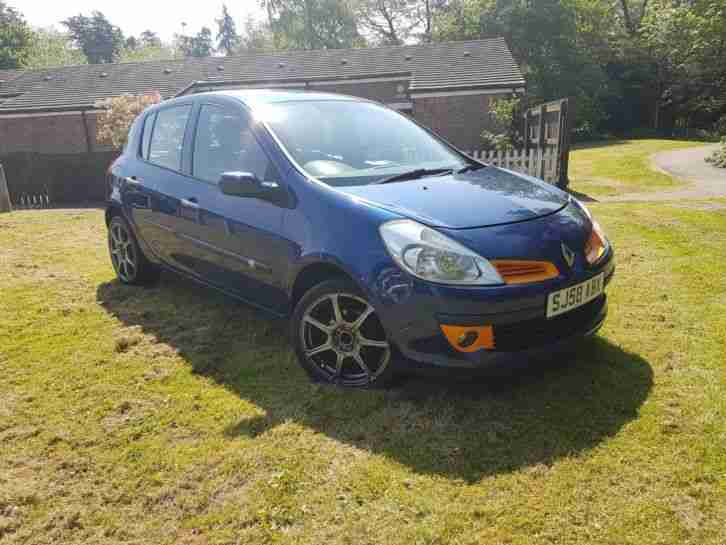 RENAULT CLIO EXPRESSION 5 DOOR HATCHBACK