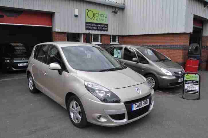 renault scenic 1 5 dci dynamique tomtom 5 door mpv gold. Black Bedroom Furniture Sets. Home Design Ideas