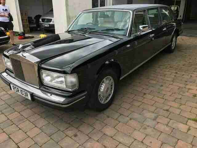 ROLLS ROYCE 6 DOOR SILVER SPIRIT 11 FUNERAL LIMOUSINE HEARSE IN BLACK