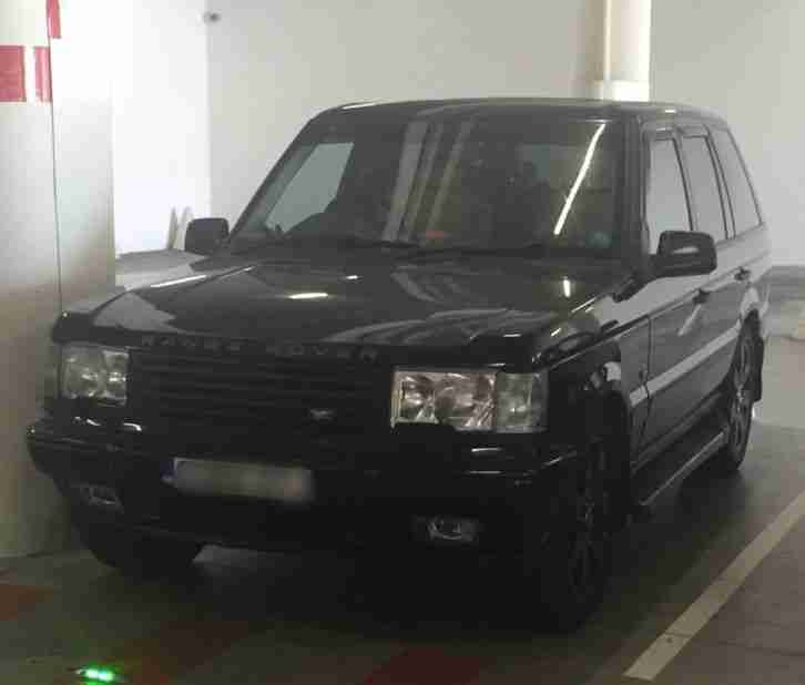 Range Rover P38. Land & Range Rover car from United Kingdom