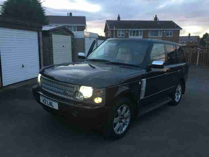 Range Rover Vogue. Land & Range Rover car from United Kingdom