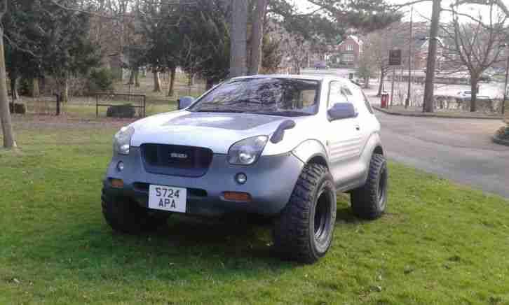 Isuzu Rare 1998 Vehicross. car for sale