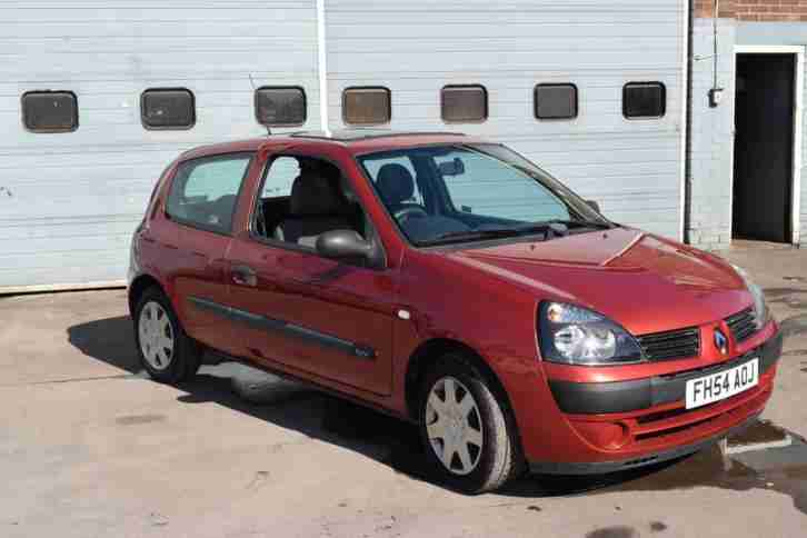 Renault Clio 1.2 16v Expression with service history