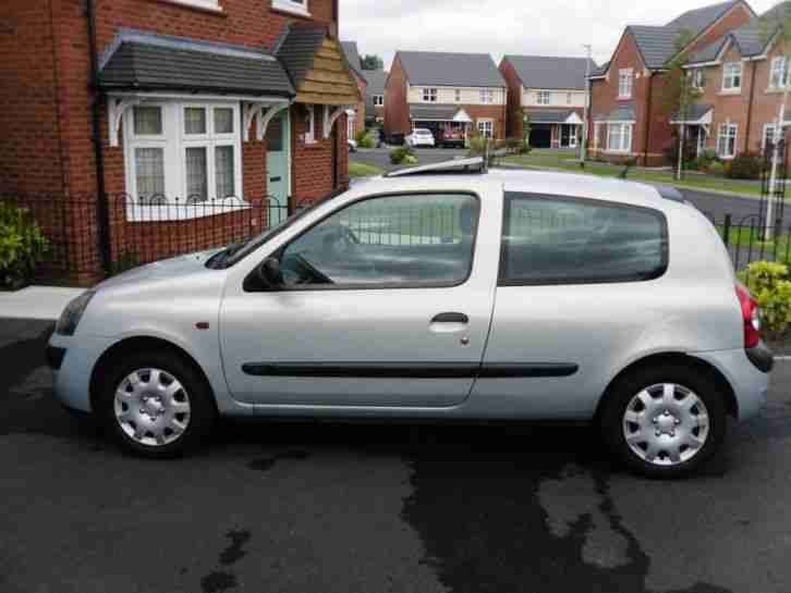 Renault Clio 1.2 Expression 16valve. MUST L@@K. Recent Cambelt and Clutch !!