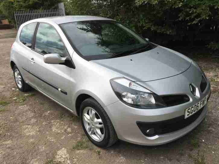 Renault Clio 1.4. Renault car from United Kingdom